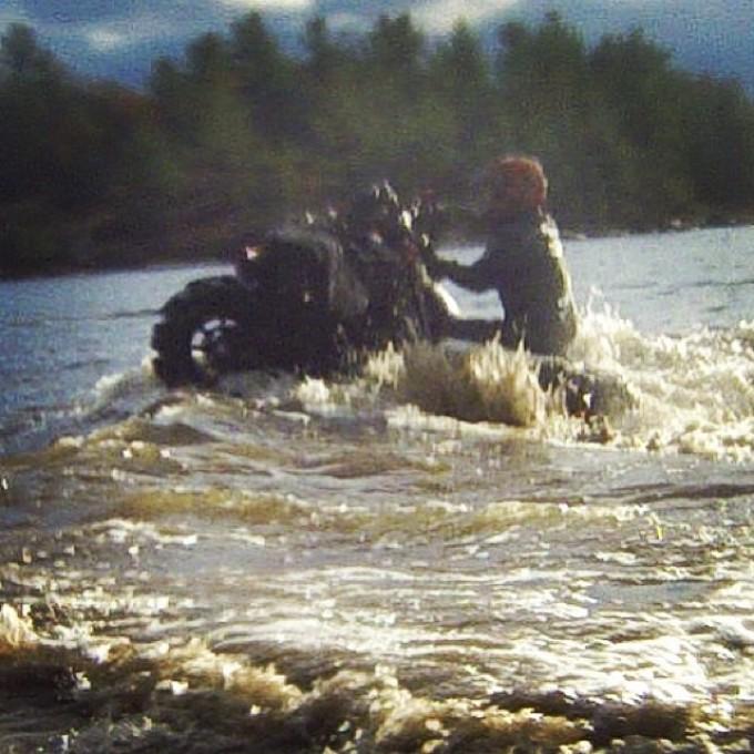 Water wheelie #swampdonkeys style – wish it was more clear