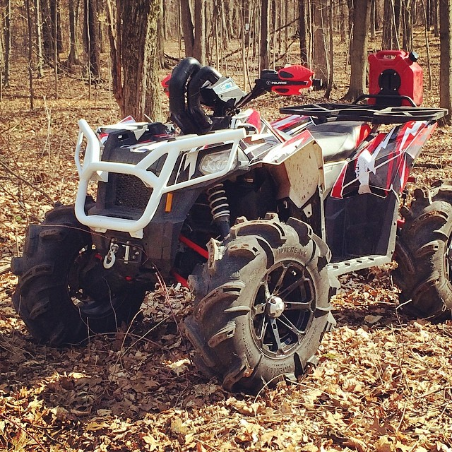 Snow is finally gone around here. #swampdonkeys #scrambler850 #polaris #gorillaaxle #silverbacks #catvos
