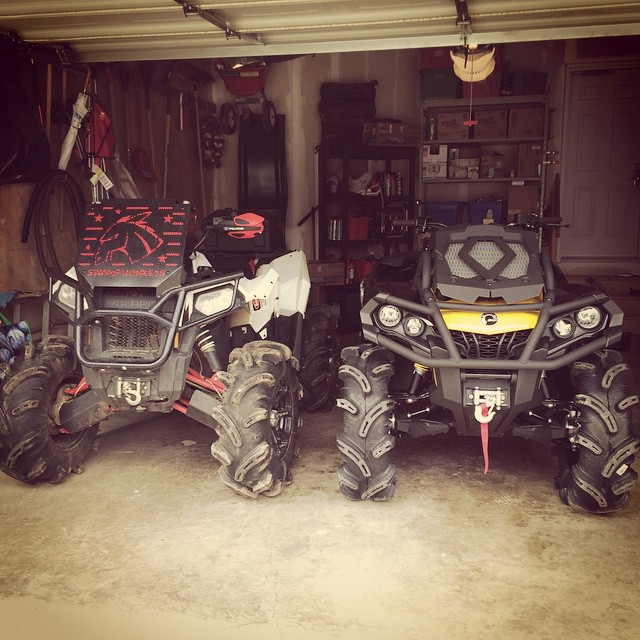 The battle begins. Like, comment and tag a buddy if you vote #can-am #outlander #xmr #swampdonkeys