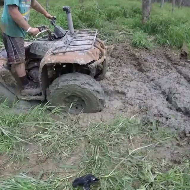 This is what #canam owners think of other machines. No respect. Get out of my way. #SwampDonkeys @chriscross4653 @tomdrich @webez9 @smithjaret @timmerlegrand @adam.stanley.549