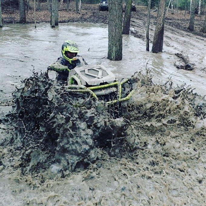 You just cannot beat pure #canam #power #xmr #water #wheelie #swampdonkeys #GLATV