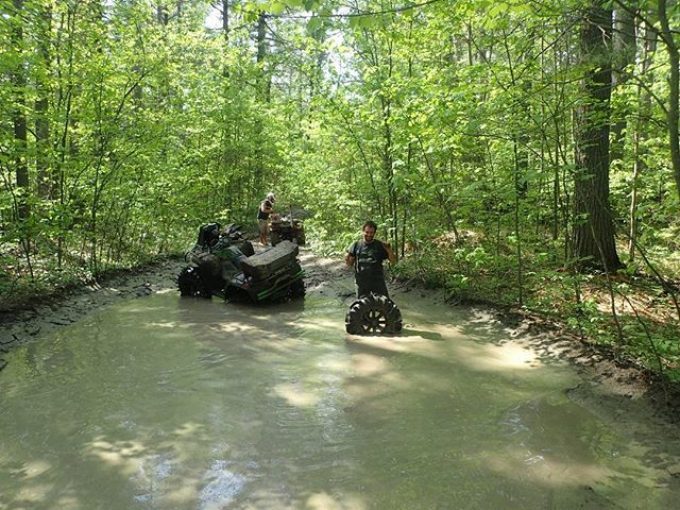 Caption this Photo #swampdonkeys #broken #arcticcat #WheelFellOff