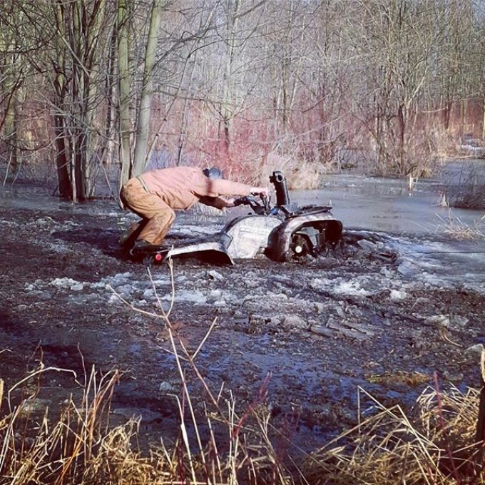 Careful not to get your boots wet @swampdonkeygrizz – Photo taken 2014 #swampdonkeys #yamaha #grizzly #700