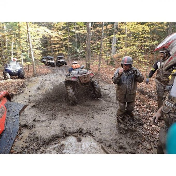 @mr._lifter taking on a #mud #hole on the #polaris #sportsman1000 #Highlifter #SwampDonkeys