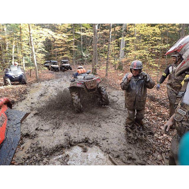 @mr._lifter taking on a #mud #hole on the #polaris #sportsman1000 #Highlifter #SwampDonkeys