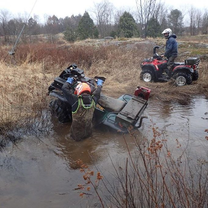 @tomdrich taking his #kittycat for a bath. #cats hate water. #arcticcat #textronoffroad #swampdonkeys